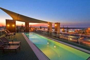 曼特拉碼頭飯店