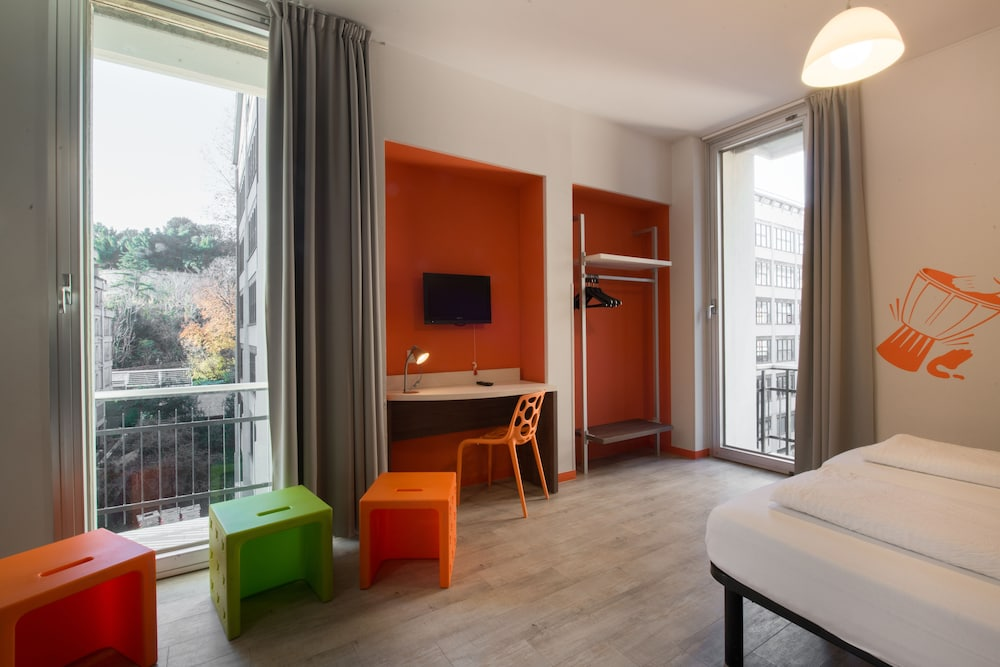 Hotel Nologo