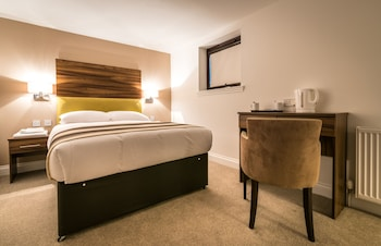 Livingston Lodge Hotel