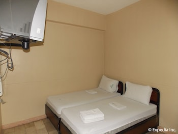 Gv Hotel Talisay City Guestroom