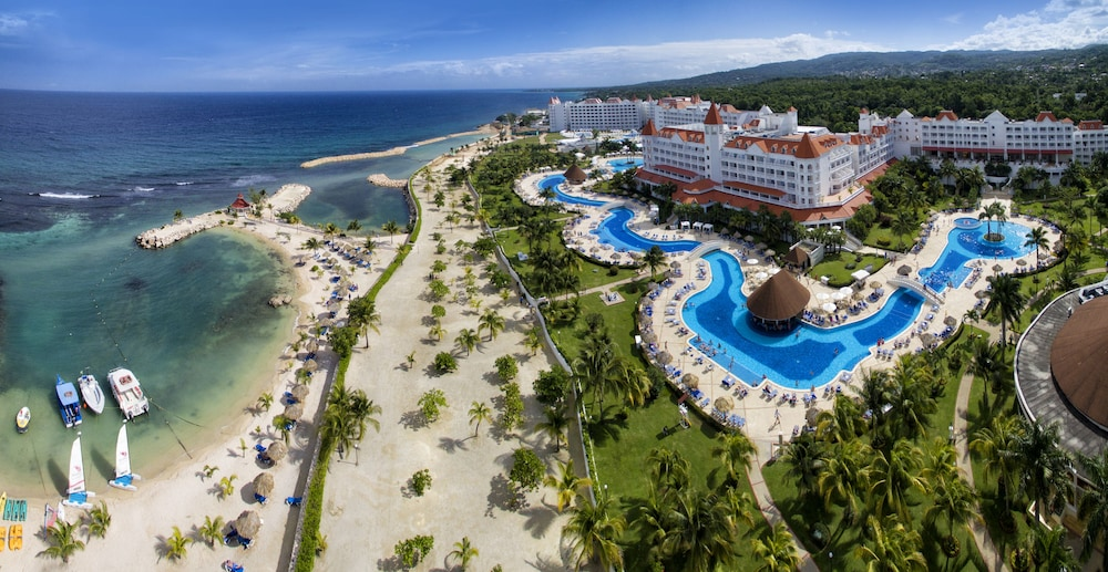 Luxury Bahia Principe Runaway Bay All Inclusive, Adults Only
