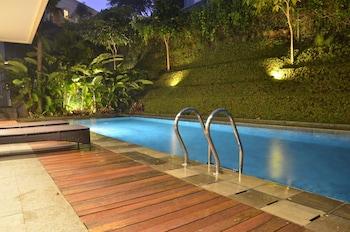 Photo for Permai Villa Dago with Pool in Bandung