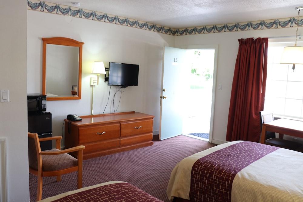 Bassett Motel