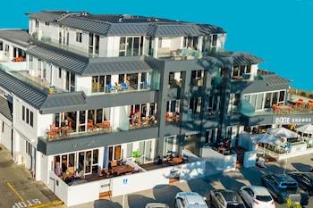 The Pavilions Beachfront Apartments (447790) photo