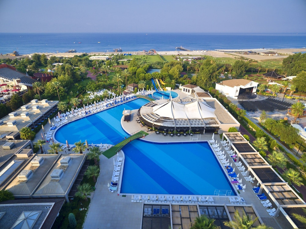 Sunis Elita Beach Resort Hotel & Spa – All Inclusive