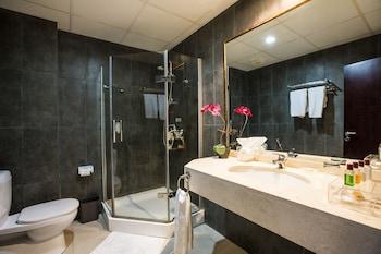 Mikhael's Hotel - Bathroom  - #0