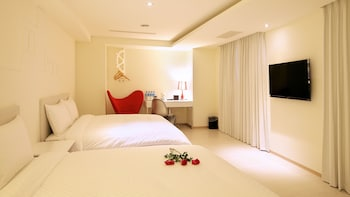 Photo for Wemeet boutique hotel in Taichung