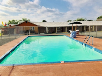Sun Valley Motel in Junction, Texas