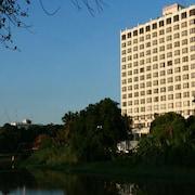 鑽石河屏帕奇岩飯店