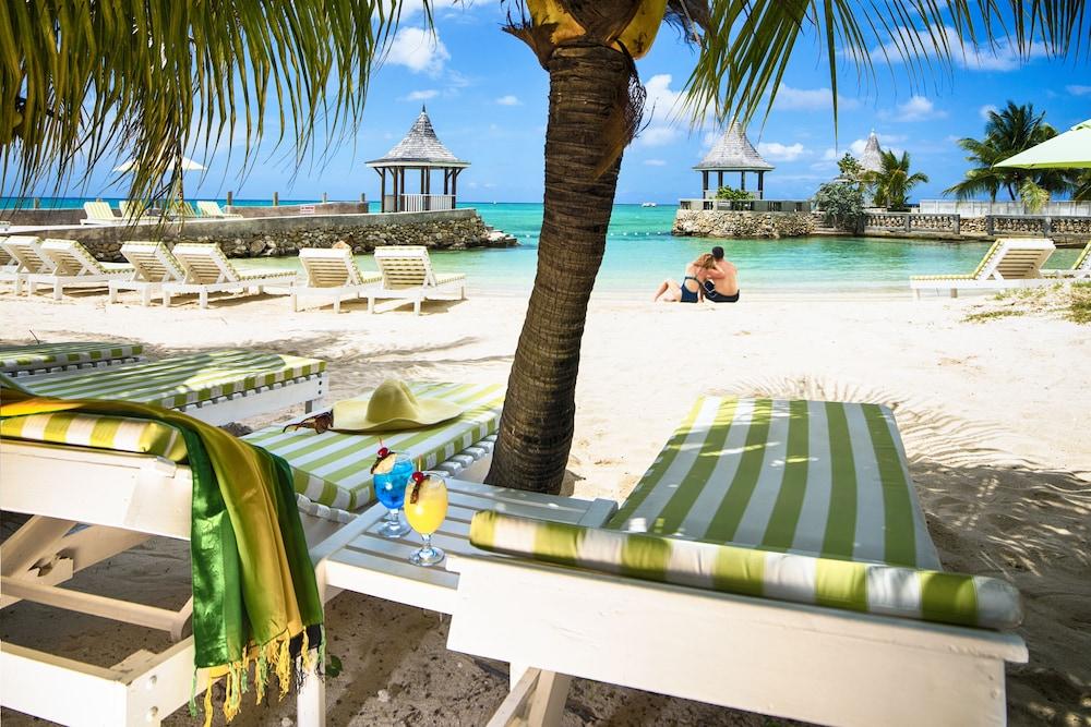 SeaGarden Beach Resort All Inclusive In Montego Bay Jamaica - All inclusive resorts montego bay