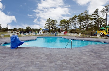 New Point RV Resort - Outdoor Pool  - #0