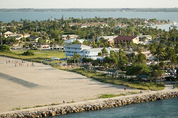 Beachfront Inn in Fort Pierce, Florida