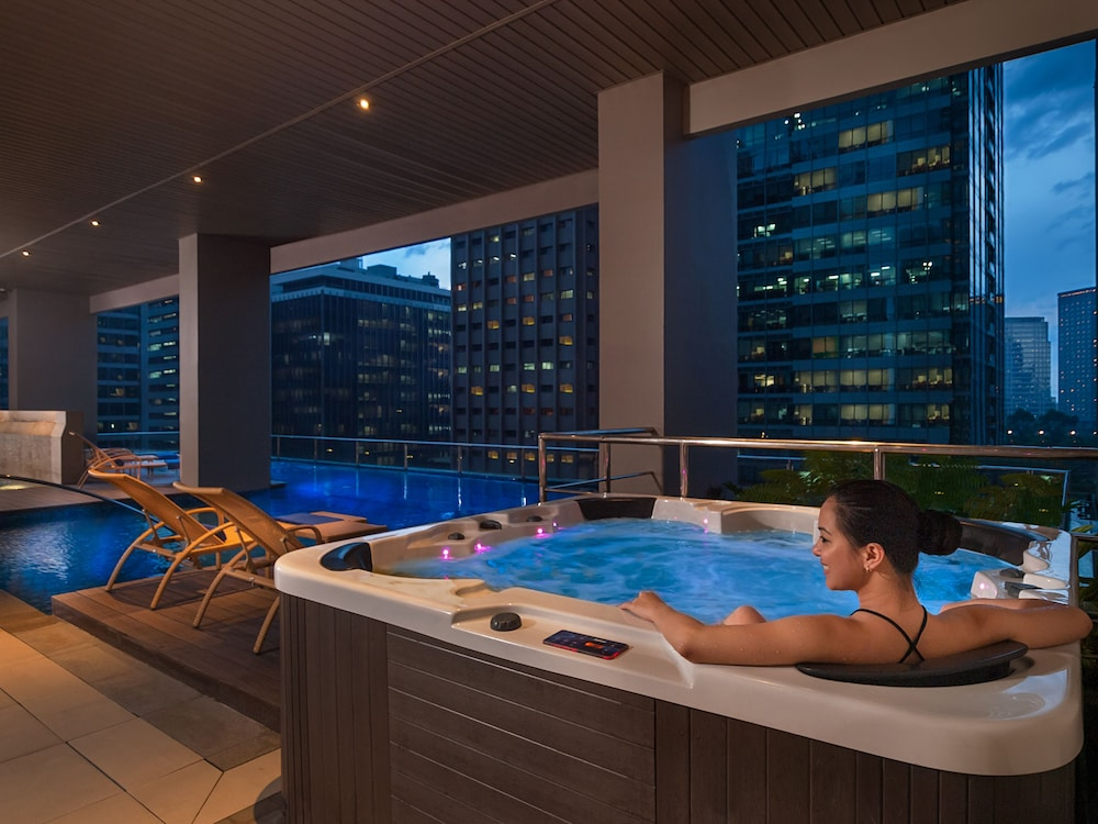 Manila Hotels  U0026 Resorts