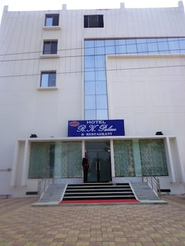 RK 宮殿飯店