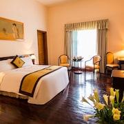 迪賽羅亞飯店