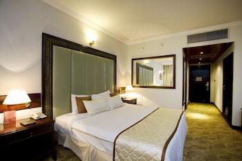 Hotel Sarina