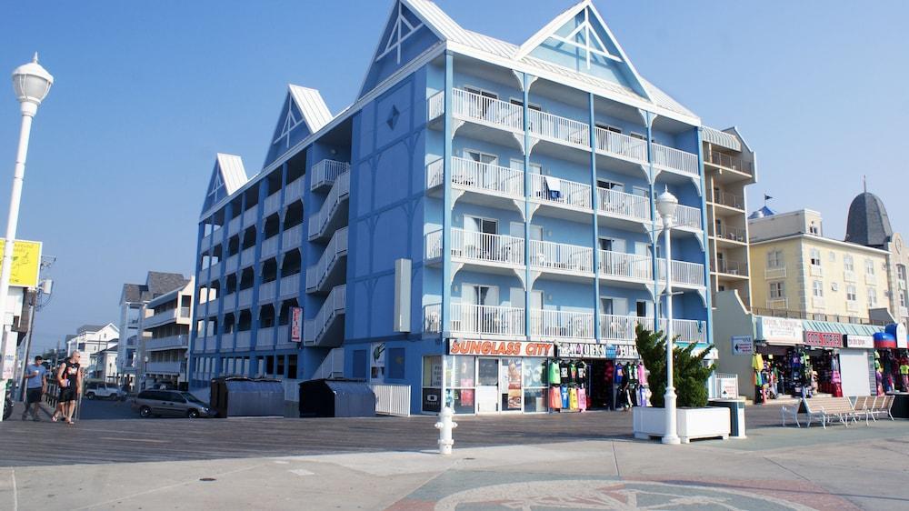 Ocean 1 Hotel and Suites