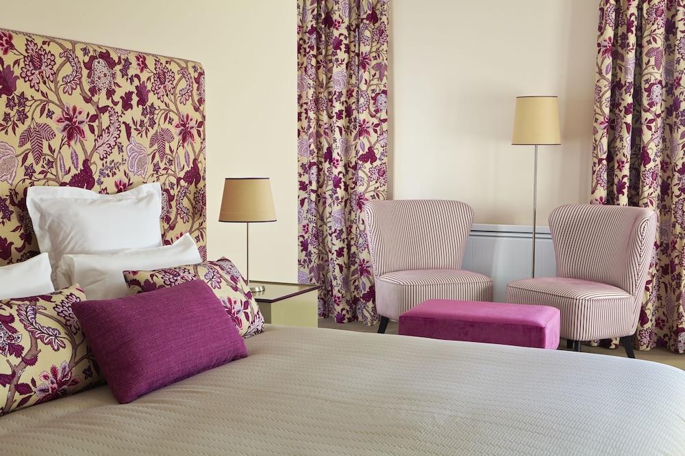 Hotel Les Herbes Folles