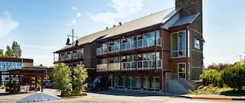 Photo for Best Western The Westerly Hotel in Courtenay, British Columbia
