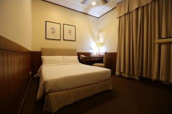 瓦列霍卡薩酒店飯店