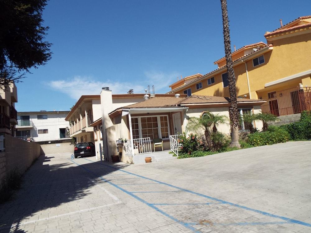 The Vivoli Apartments