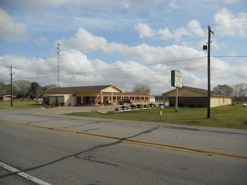 Jackson Inn in Edna, Texas