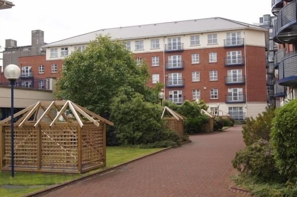 Waterside Holiday Apartments