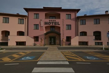 伊爾紳士飯店