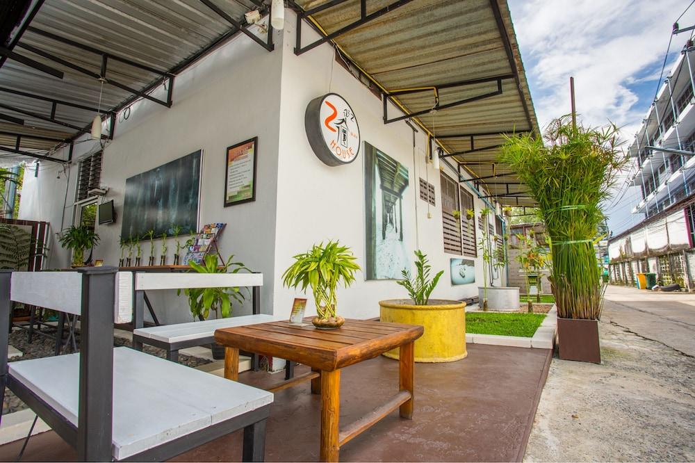 Zz House Chiang Mai