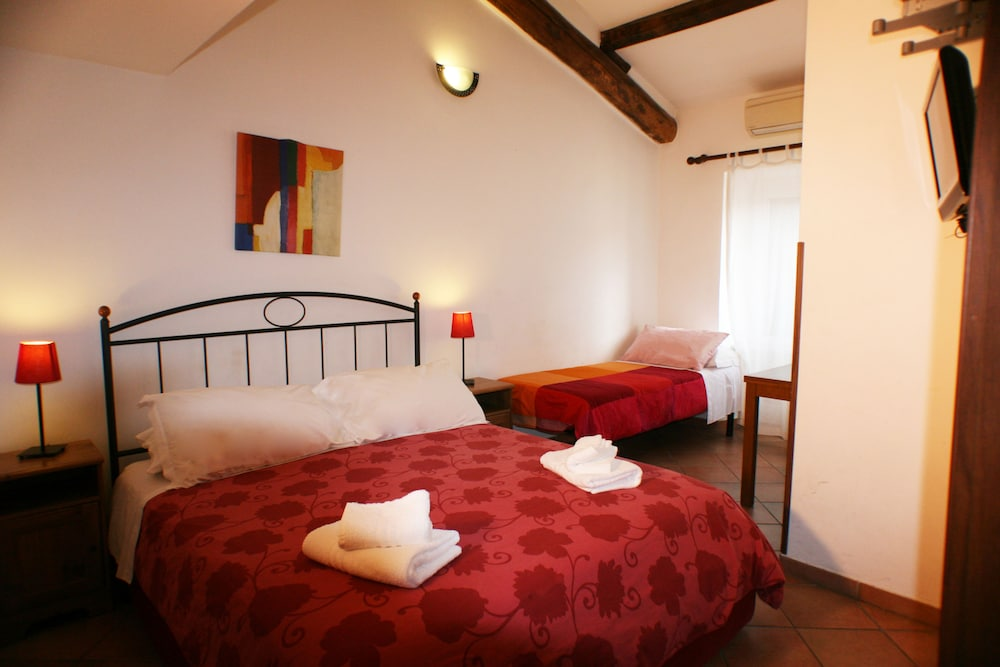 Sixtythree Guesthouse