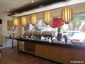 Casa Leticia Boutique Hotel Davao Buffet