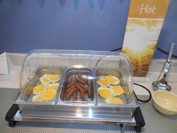 Quality Inn Pinehurst Area - Breakfast Area  - #0