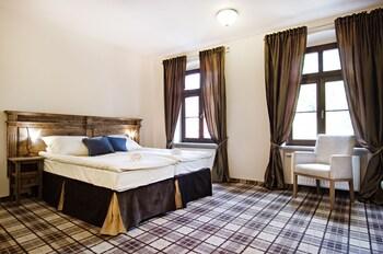 Five Stars Luxury Hostel - Hostel