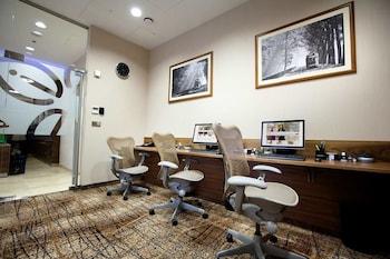 Hilton Garden Inn Bali Ngurah Rai Airport - Business Center  - #0