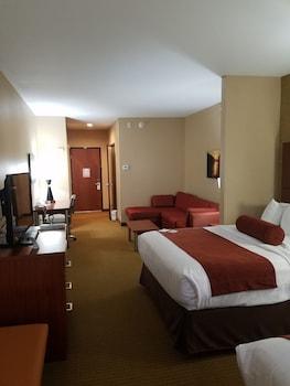 Best Western Plus Finger Lakes Inn & Suites