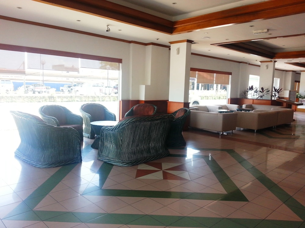 The Pavilion Hotel, Sandakan @INR 1603 OFF ( ̶1̶8̶3̶5̶