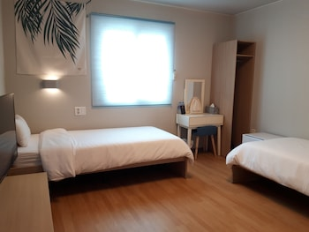Photo for Uniqstay Bed and Breakfast in Busan