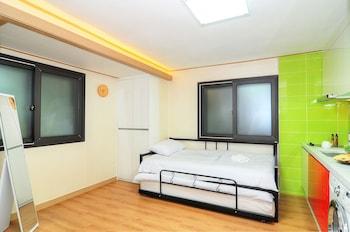 Hostel KW Sinsa - Guestroom  - #0