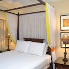 La Casa A North Beach Village Resort Hotel