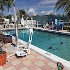 Dolphin Harbor Inn