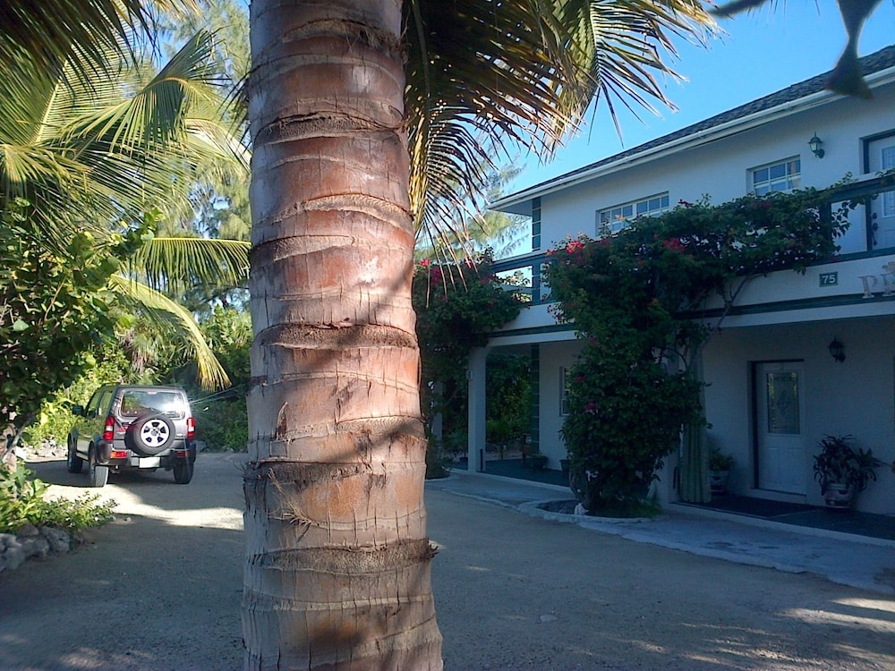 Silver Palm Guest House Turks and Caicos