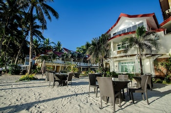 Willy's Beach Hotel Boracay Hotel Front