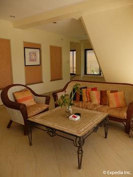 Willy's Beach Hotel Boracay Lobby Sitting Area