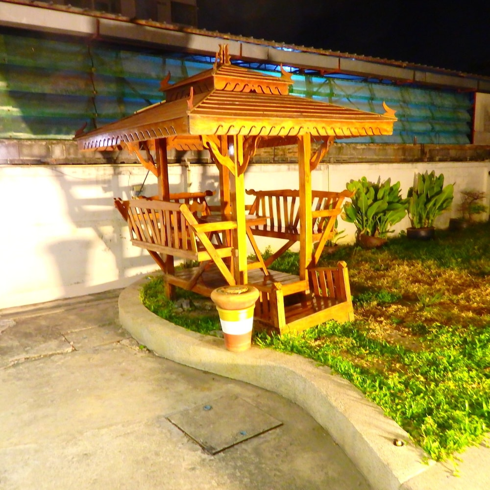 Pohseen Hotel, Bangkok Hotel 𝐇𝐃 𝐏𝐡𝐨𝐭𝐨𝐬 & 𝐑𝐞𝐯𝐢𝐞𝐰𝐬