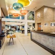 華南蓬旅館