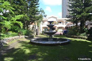 Tagaytay Country Hotel