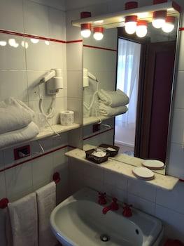 Hotel San Michele - Bathroom  - #0