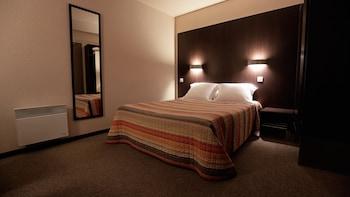 tarifs reservation hotels Hôtel Au Petit Caporal