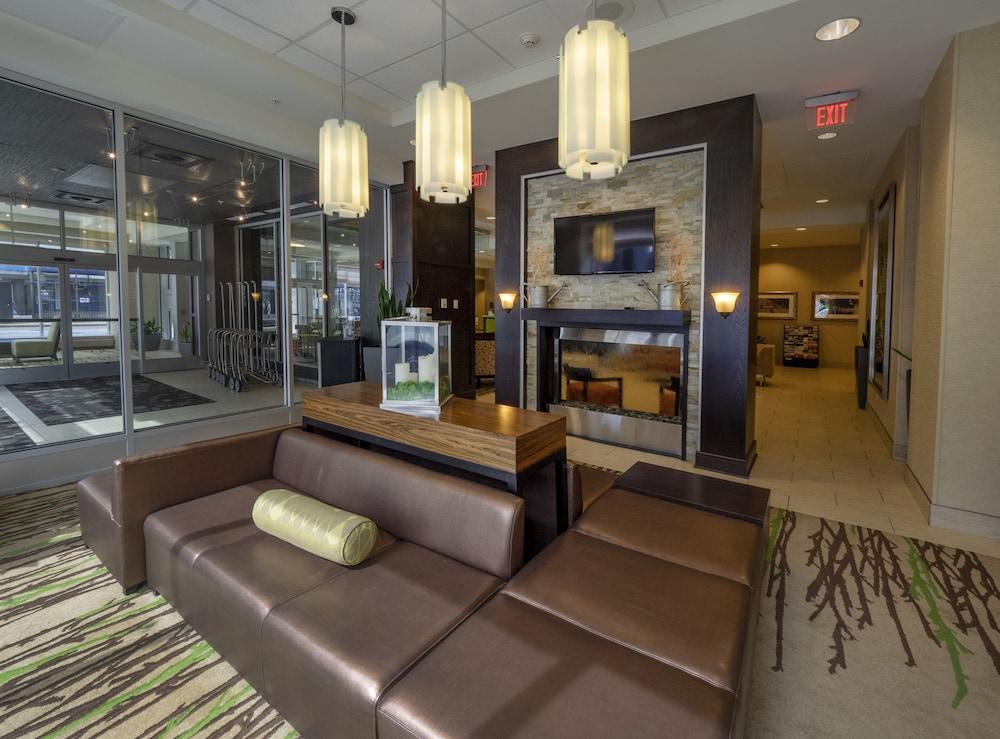 Hilton Garden Inn Buffalo Downtown Erie Price Address Reviews