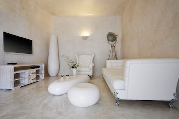Cavo Ventus Villa - Adults Only
